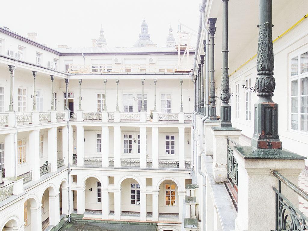 IAS CEU Marczibanyi Palace photo by Axel Braun